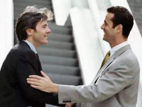 领导与普通员工的区别是什么,如何去发现问题?
