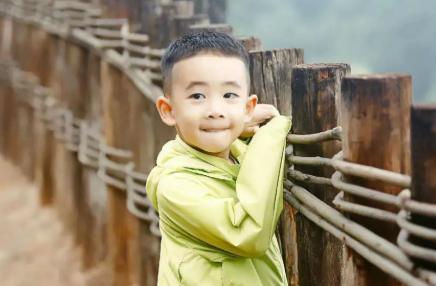 7-8岁小孩的特点及管教方法