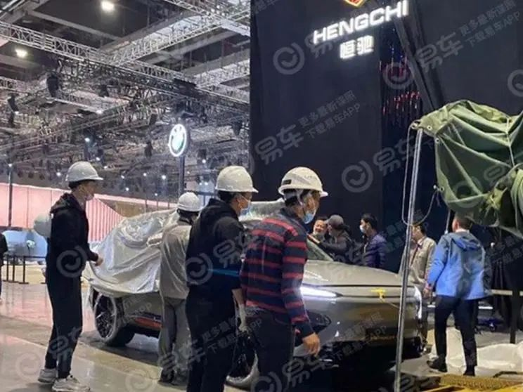 上海车展大变天:边缘车企黯然离场,造车新贵高调亮相